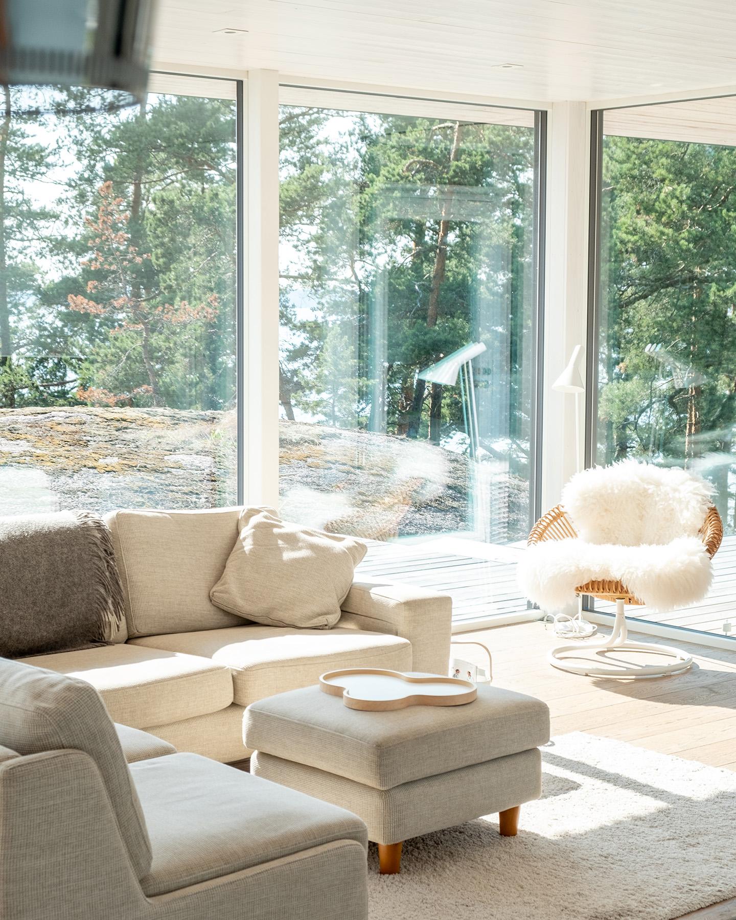 Arkkitehdin suunnittelema vapaa-ajan asunto Porvoossa-11