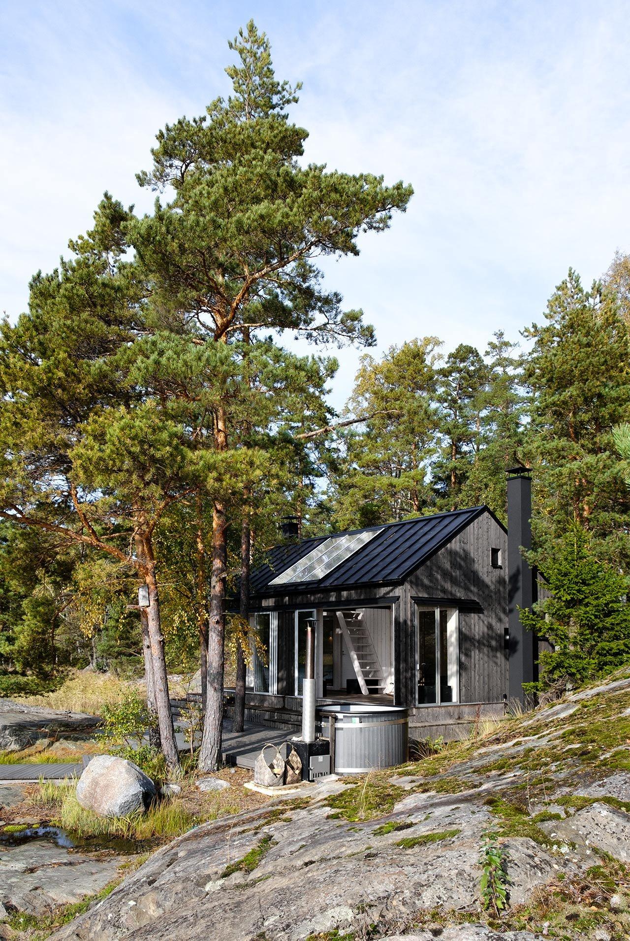 Moderni saunarakennus Särkisalossa