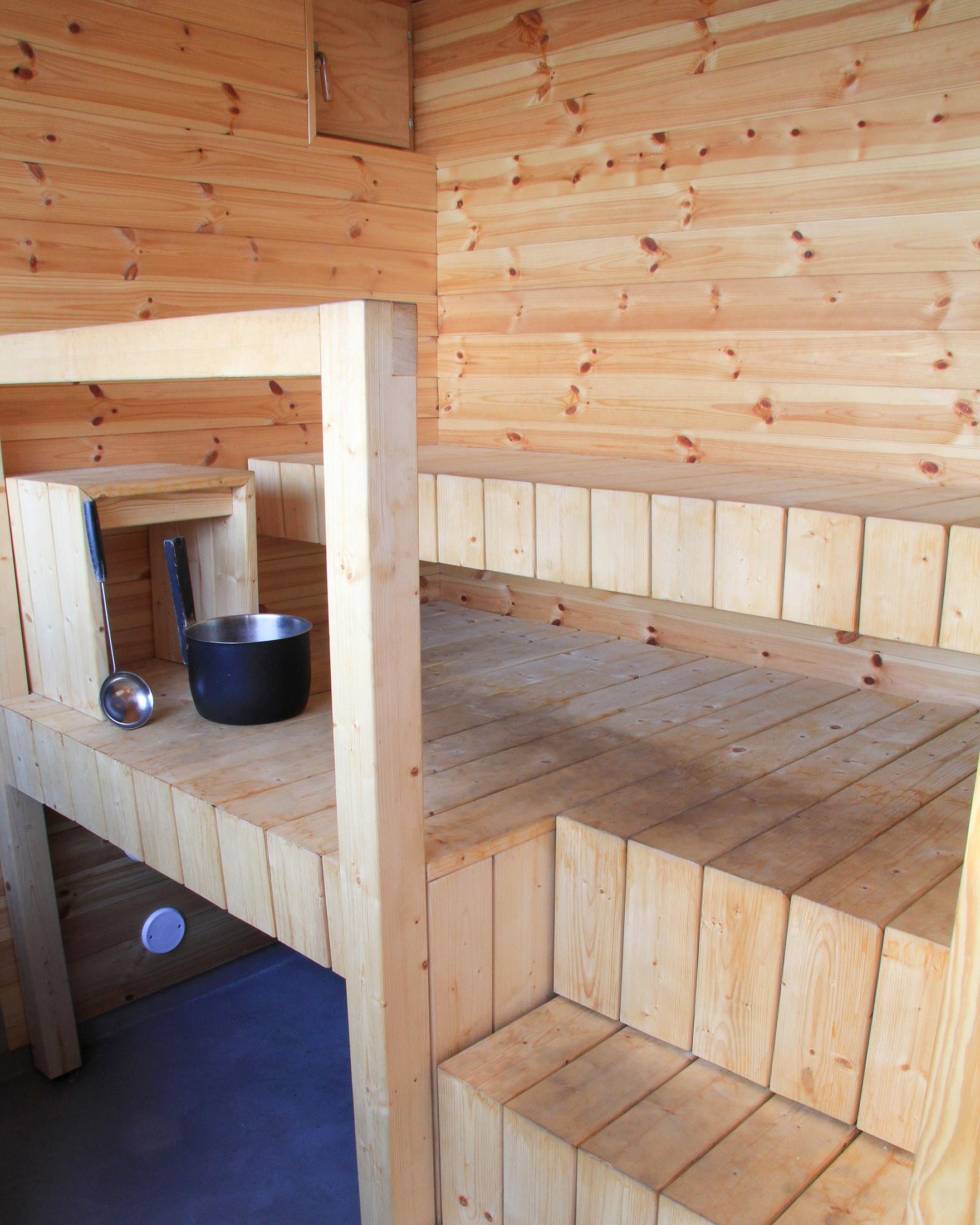 Sauna-ja-saunatupa-Helsingin-saaristossa-18